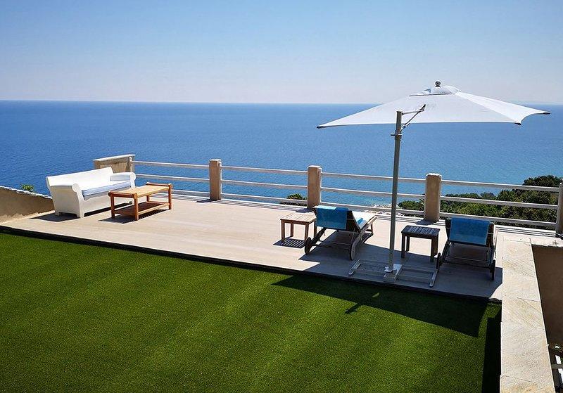 Aegea - romantic, private and undisturbed, casa vacanza a Makrirrachi