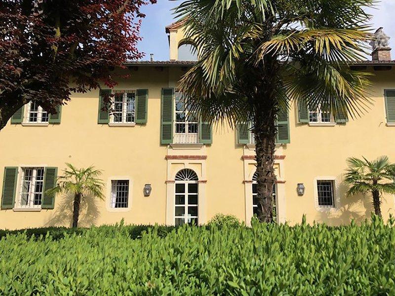 Appartamento in Villa del 700 a Torino con Terrazzo e giardino, vacation rental in Sciolze