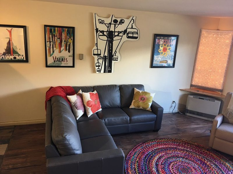 Amazing Mountainside Condo, holiday rental in Girdwood