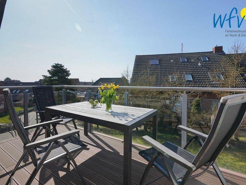 Vier separate Schlafzimmer, Terrasse mit Garten und Balkon!, location de vacances à Borkum