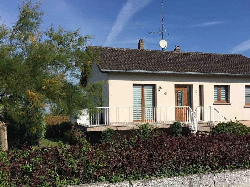 Spacious Holiday Home in Niderviller with Garden, location de vacances à Langatte