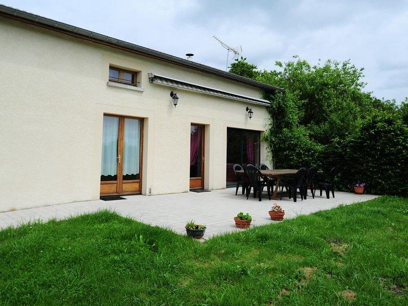 Gîte rural La Miellerie Vaux Lès Mouron (Argonne Ardennaise), holiday rental in Nouart