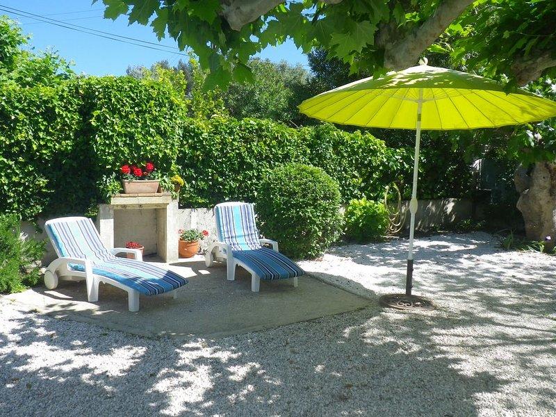 MAISON très calme climatisée- écrin de verdure, jardin, 50m plage des Sablettes, casa vacanza a La Seyne-sur-Mer