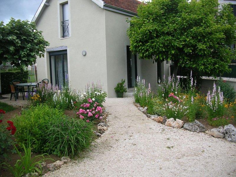Maison pour 4 personnes maxi avec jardin et parking privé, location de vacances à Lachapelle-Auzac