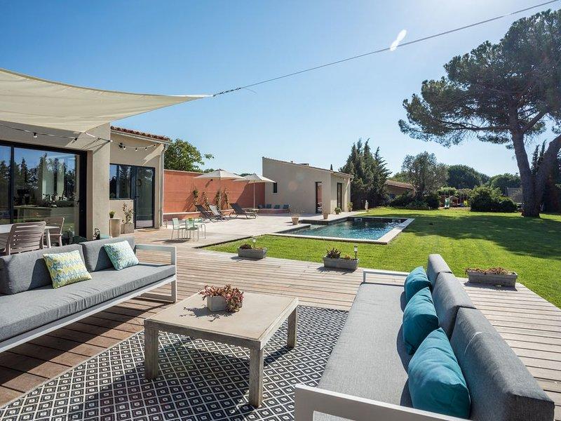 Maison avec piscine proche plage et Montpellier, holiday rental in Montpellier