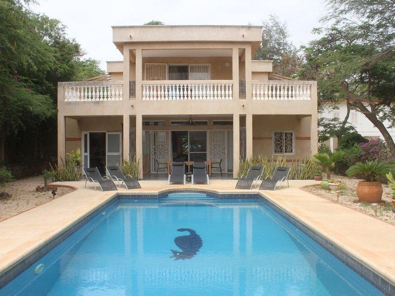 Somone: grande villa climatisée avec piscine, 10 personnes*, entre Mer et Lagune, alquiler vacacional en Senegal