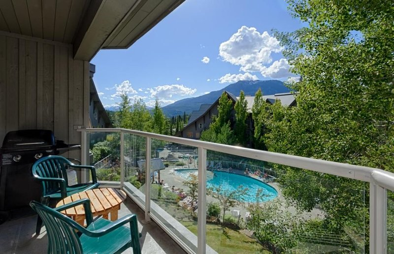 The Aspens  Ski-on Ski-Off, 4TH FLOOR MT VIEW, vacation rental in Whistler