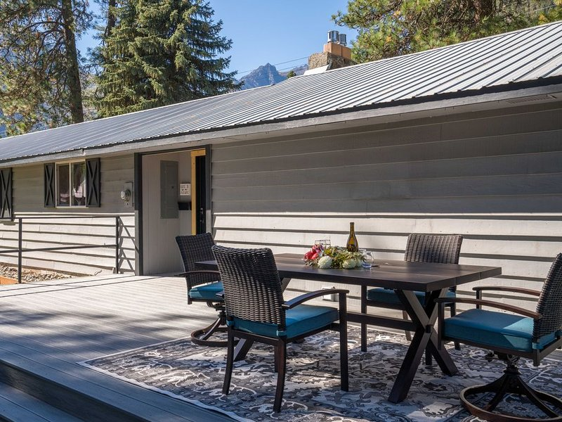 Weekly discounts, work remotely from Icicle Road, alquiler vacacional en Leavenworth