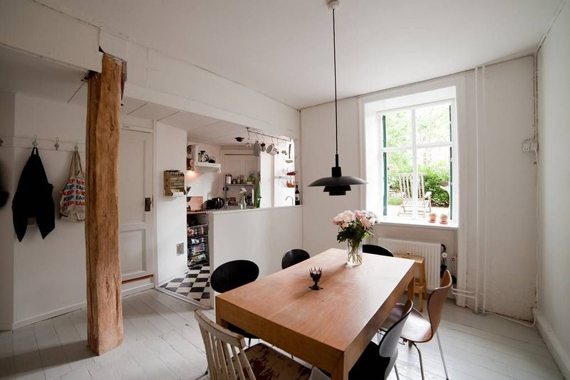 Charming apartment in the heart of trendy Nørrebro, holiday rental in Gentofte Municipality