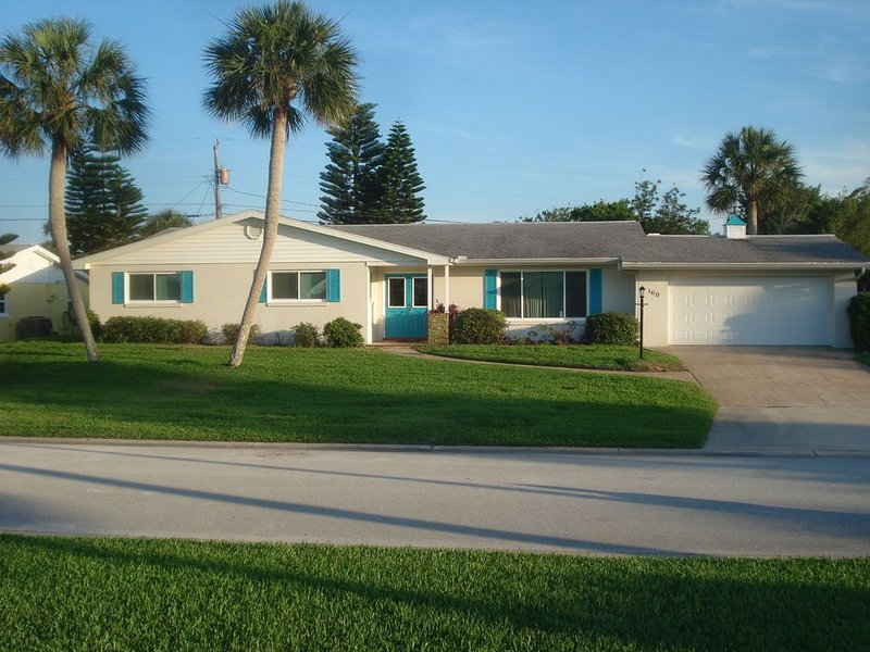 Great Location! Greater Value! Beachside Vacation Home!! Quiet neighborhood!, Ferienwohnung in Ormond Beach