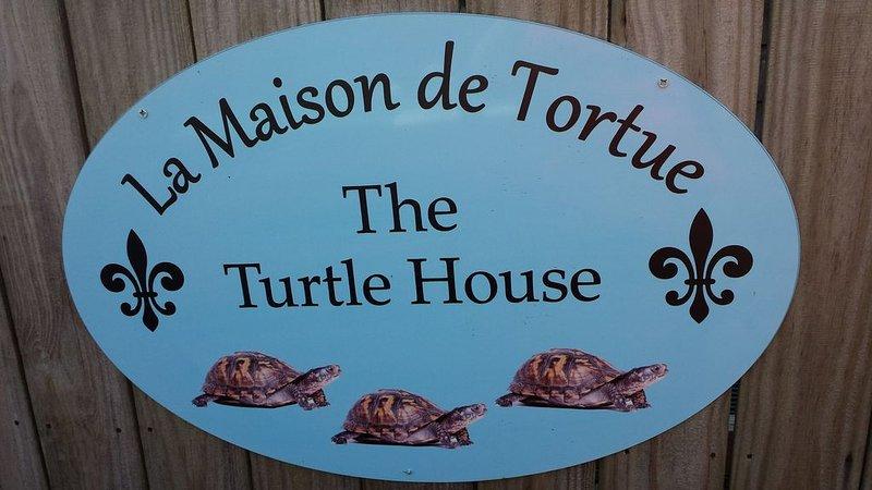 The Turtle House: A Hidden Getaway In Old Ocean Springs, holiday rental in Ocean Springs