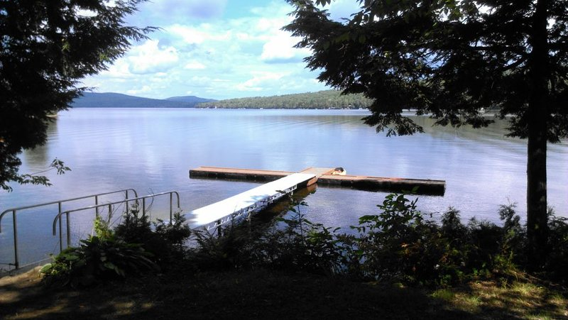 Water front cabin units on Beautiful Embden Pond, holiday rental in Kingfield