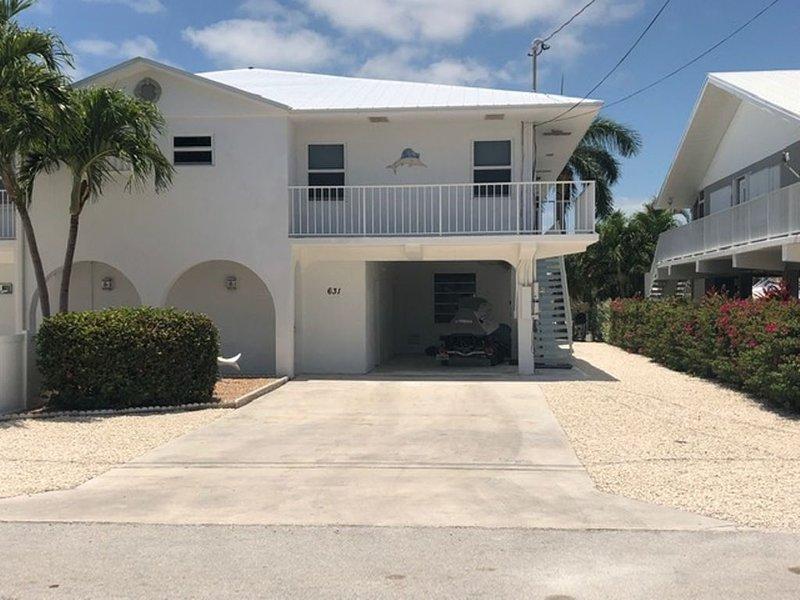 Starfish Suite! Remodeled, 35' Dock, Cabana Club with Beach, aluguéis de temporada em Key Colony Beach