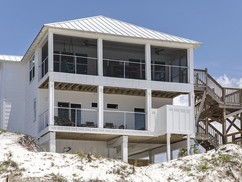 SUNSATION! Competitive Rates! GULF FRONT-AMAZING SUNSETS-STEPS TO THE BEACH, holiday rental in Port Saint Joe