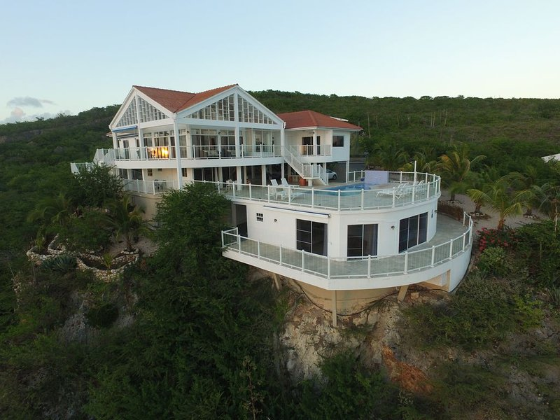 The Most Beautiful and Relaxing Oceanfront Views of Curacao, casa vacanza a Sabana Westpunt