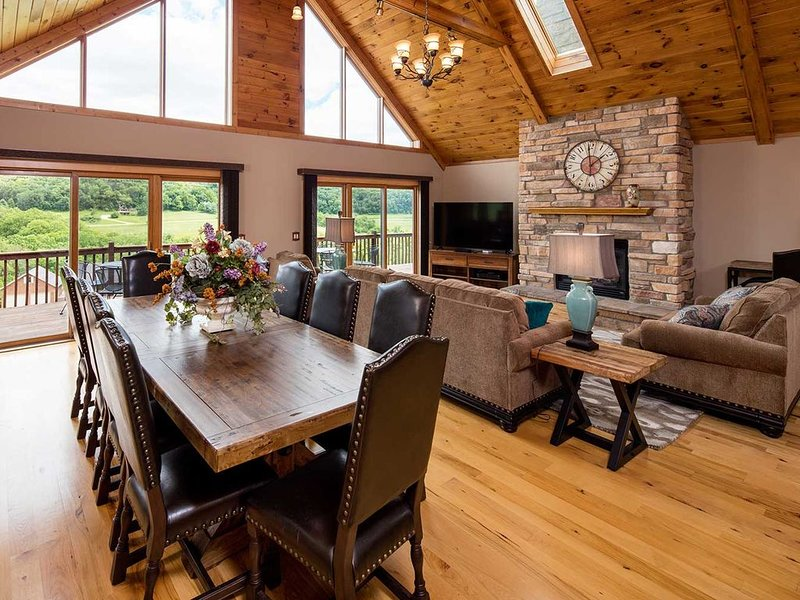 LUXURY VACATION GETAWAY, holiday rental in Apple River