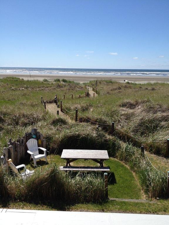 Área de picnic privada justo al lado de la cubierta inferior.