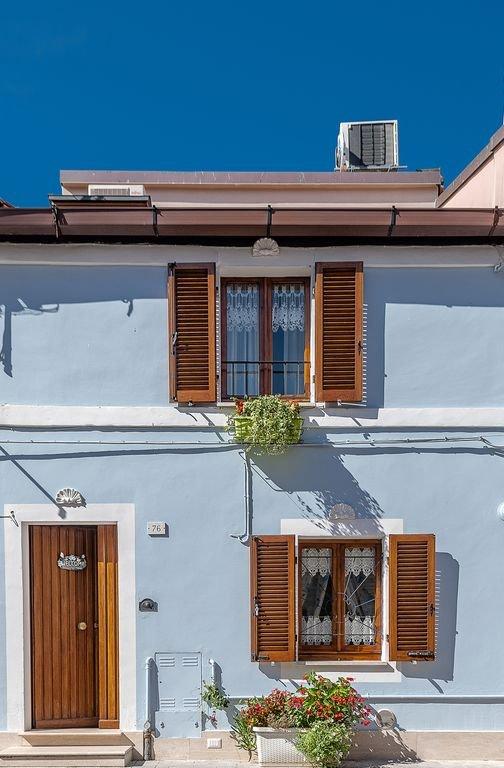 House in the BORGO MARINARO