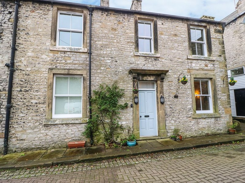 The Cottage, TIDESWELL, holiday rental in Millers Dale