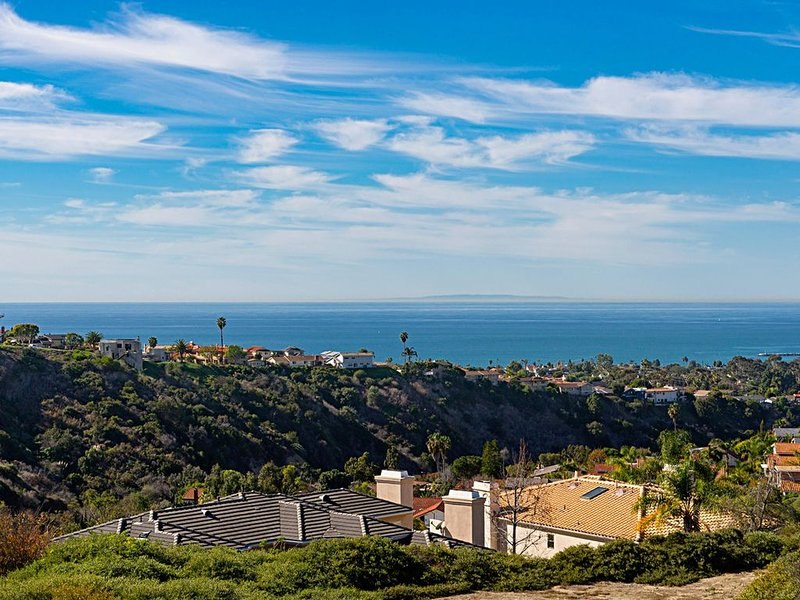 Ocean View Luxury Less than a mile from the Ocean, holiday rental in Ladera Ranch