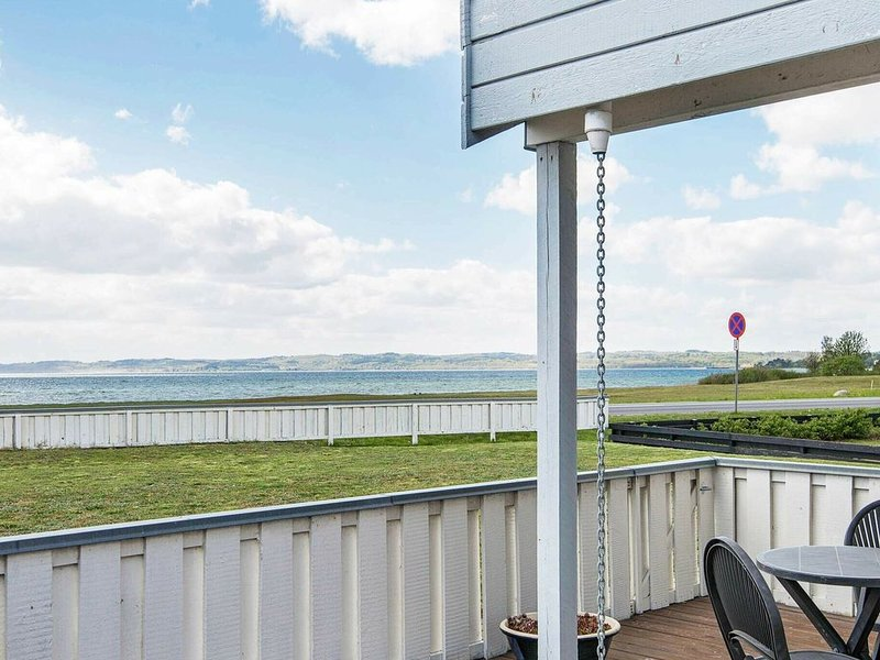 Dreamy Holiday home in Ebeltoft with Terrace, location de vacances à Egsmark Strand