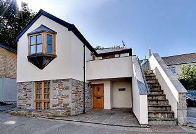 Lobster Pot in Padstow Is A 'fisherman's Style' Cottage With A Parking Space., location de vacances à Padstow