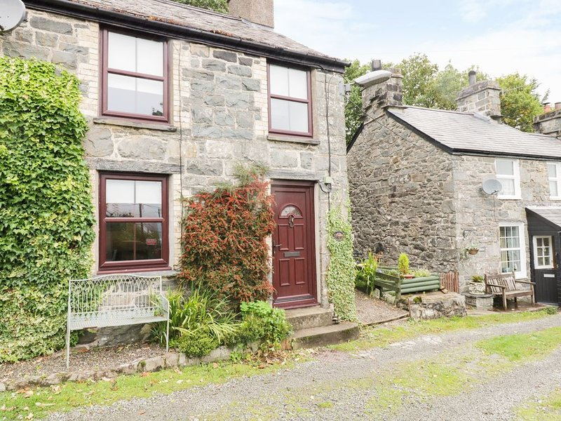 6 Gellilydan Terrace, MAENTWROG, vacation rental in Gellilydan