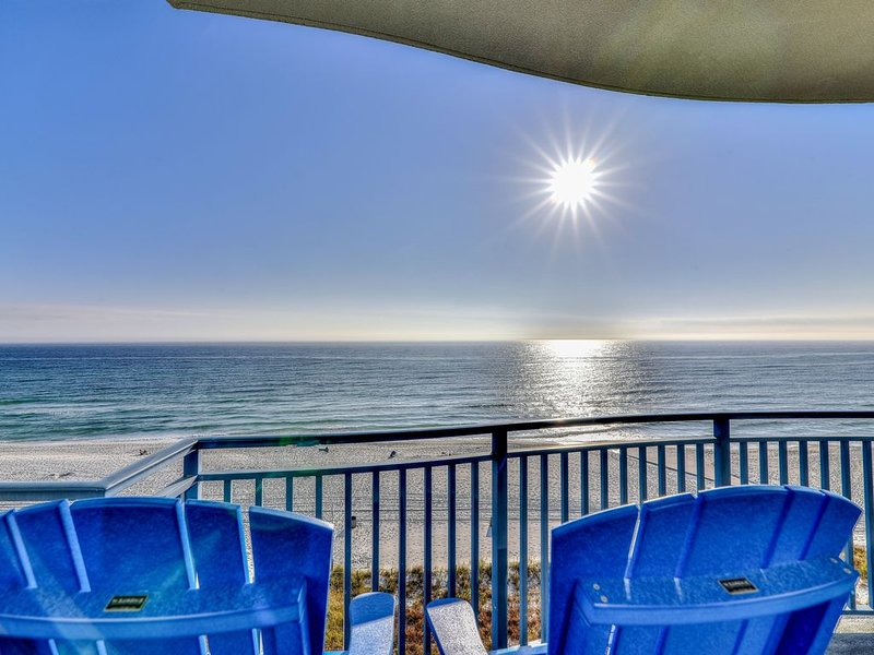 Pristine, waterfront condo w/ a shared, outdoor pool, hot tub, & fitness room, vacation rental in Panama City Beach