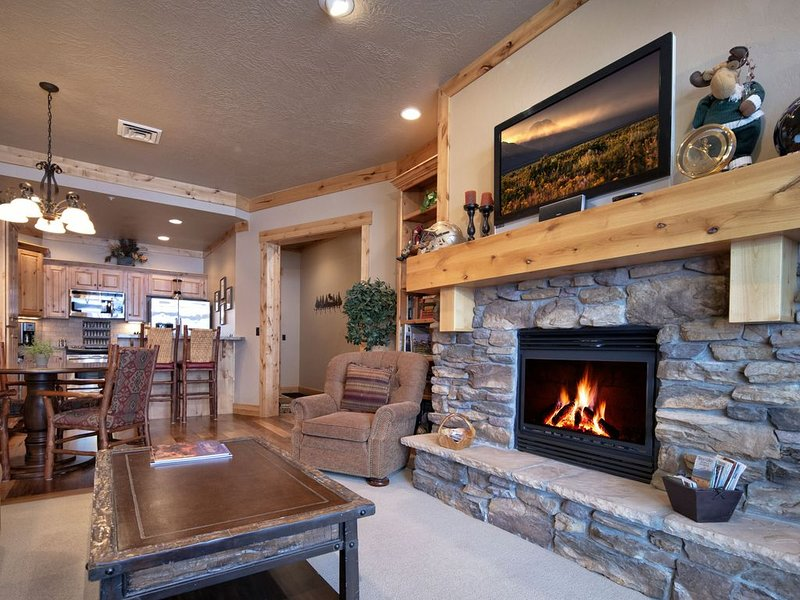 Luxury 2 Bedroom Palisades Condo at Teton Springs, holiday rental in Swan Valley