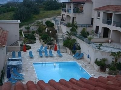 Modern Townhouse, Communal Pool and Sea View, holiday rental in Tala