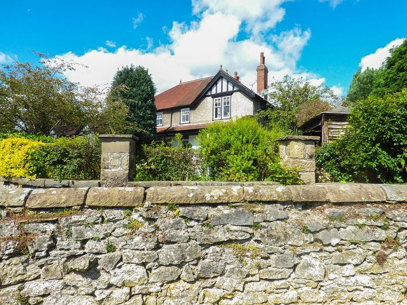 No. 1 Parsonage Croft, BAKEWELL, holiday rental in Great Longstone