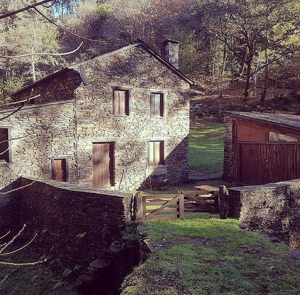 Casa Molino Muiños do Mainzoso, holiday rental in Mino
