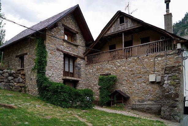 Casa rural (alquiler íntegro) San Marcial 2 para 4 personas, holiday rental in Espierba