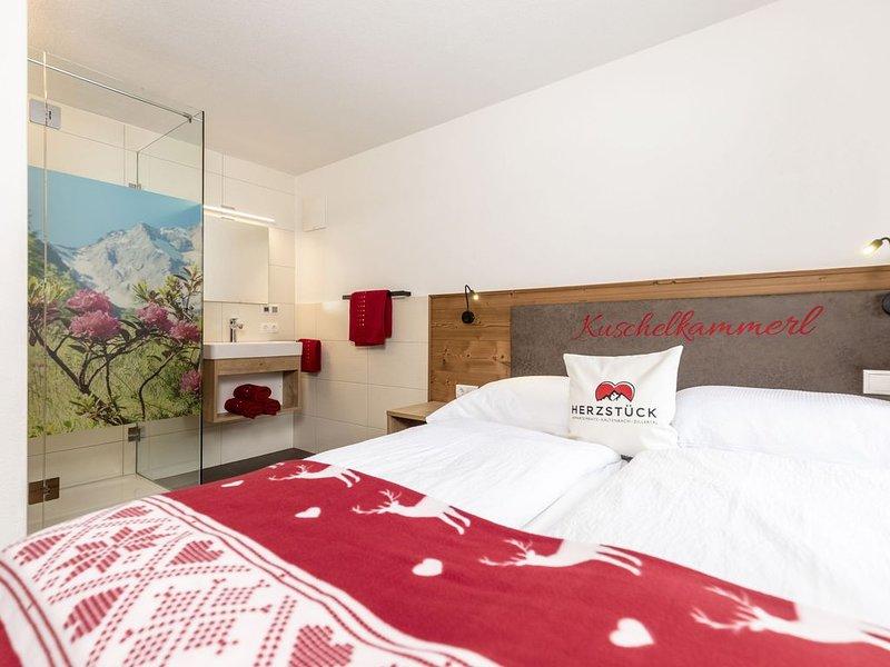 Swanky Apartment in Tyrol near Ski Area, holiday rental in Kaltenbach