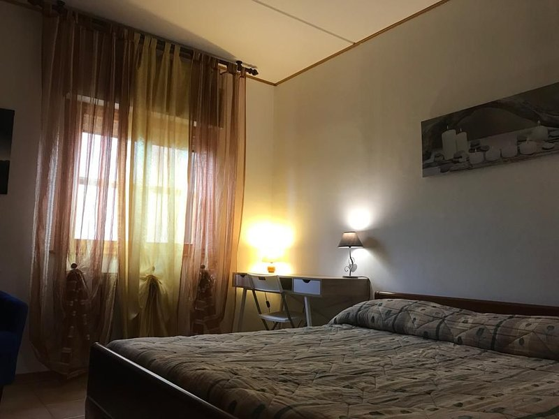 Affitto due stanze in appartamento., Ferienwohnung in Ferrara