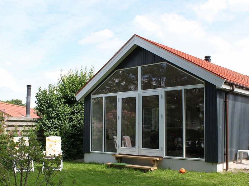 Quaint Holiday Home in Esbjerg with Sea Nearby, holiday rental in Sjaelborg