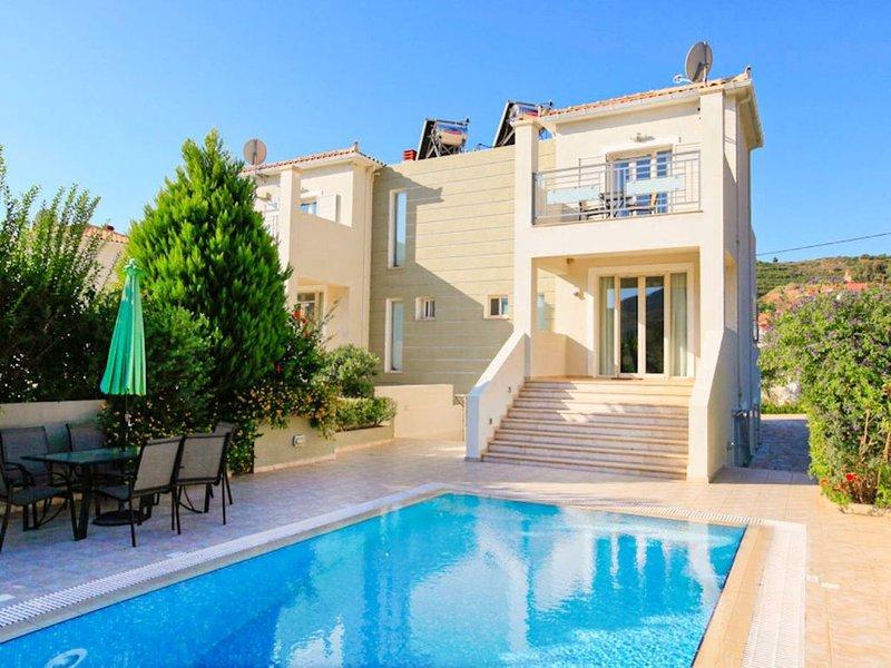 Villa Ismini: Large Private Pool, A/C, WiFi, Eco-Friendly, vacation rental in Katelios