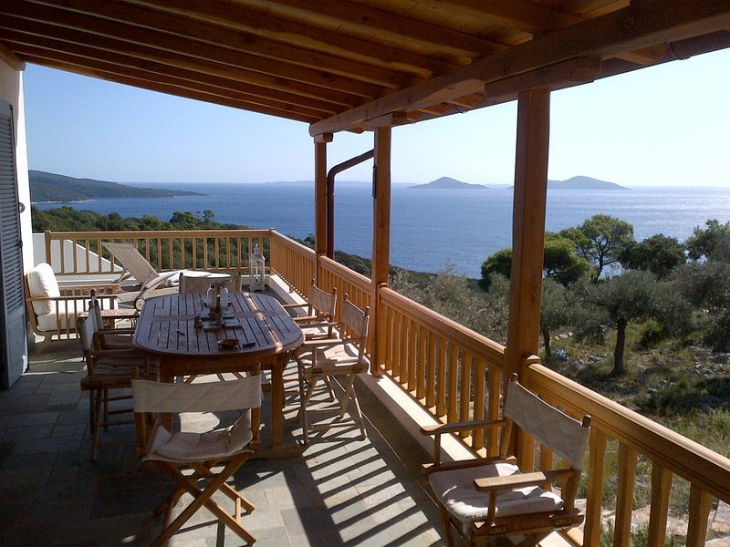 Villa Fondana:  no neighbours; private access to sea;  180 degree views, vacation rental in Alonnisos