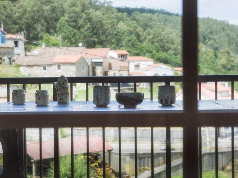 Casa a 800 m del casco histórico de la ria Muros con garaje, holiday rental in A Virxe Do Camino