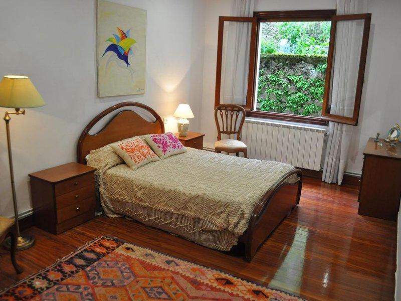 San Pedro Kalea Guest House, casa vacanza a Pasajes