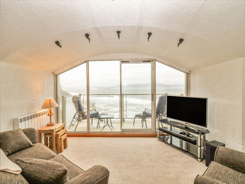 Cannon's Folly, KINGSAND, holiday rental in Cremyll