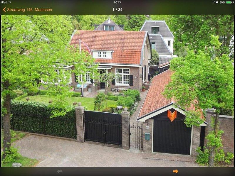 Vrijstaande geheel gerenoveerde cottagewoning met omringde gesloten tuin., location de vacances à Haarzuilens