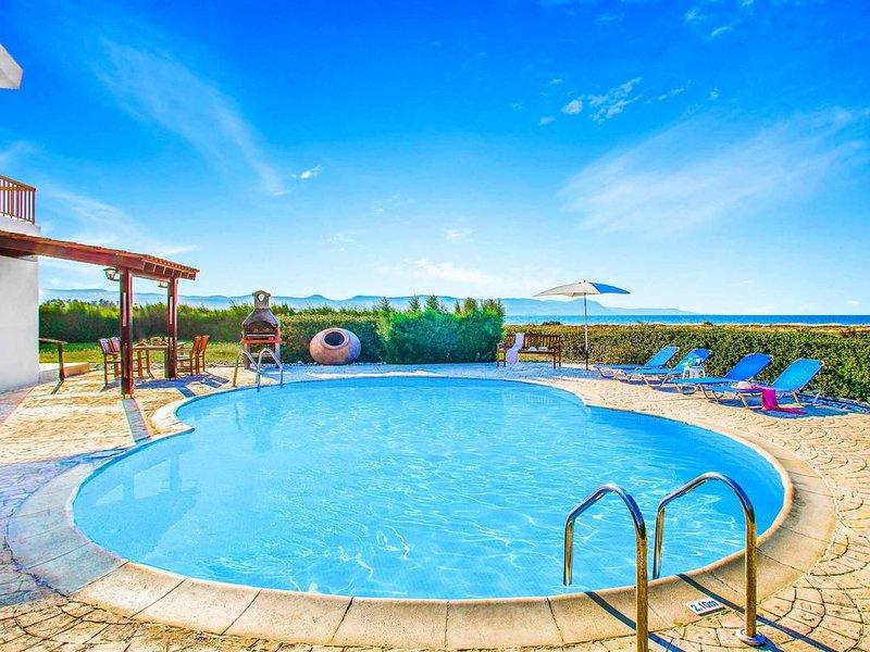 Villa Nicol Blue Bay -Detached Villa has a private pool, great sea views & WI-FI, holiday rental in Prodromi