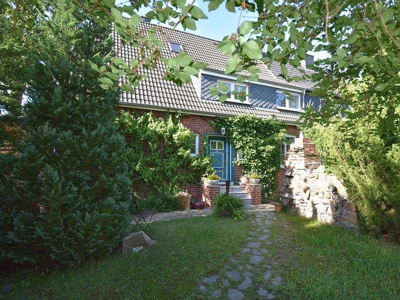 Peaceful Apartment in Ostseebad Boltenhagen with Terrace, holiday rental in Tarnewitz