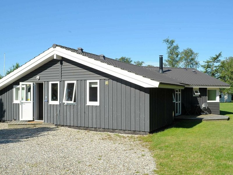 Modern Holiday Home in Borkop Denmark with Sauna, location de vacances à Bredsten