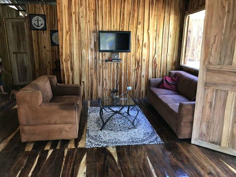 Villa y Tours Isla Venado Costa Rica, holiday rental in Paquera