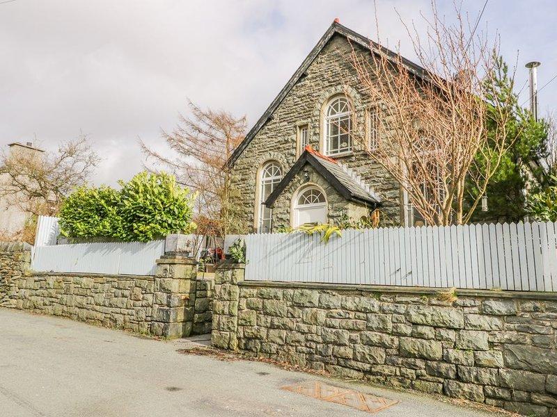 Horeb Chapel House, TANYGRISIAU, holiday rental in Rhiwbryfdir