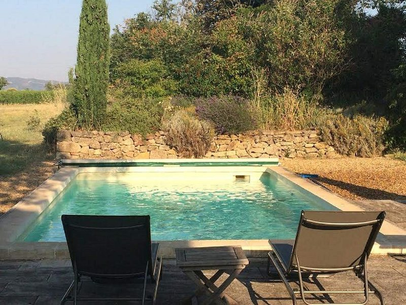 JDV Holidays - A perfect, private cottage and PRIVATE pool and A/C, location de vacances à Villelaure