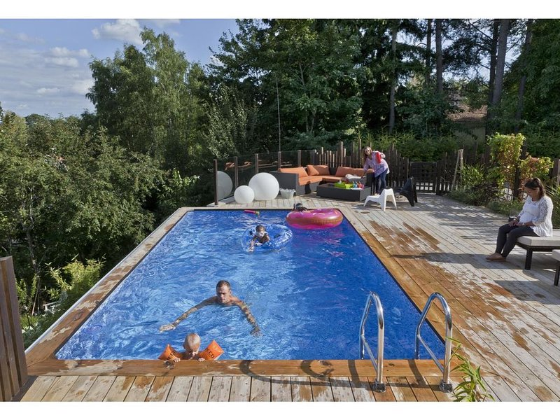 Top modern house with pool 10 min from Stockholm City – semesterbostad i Åkersberga