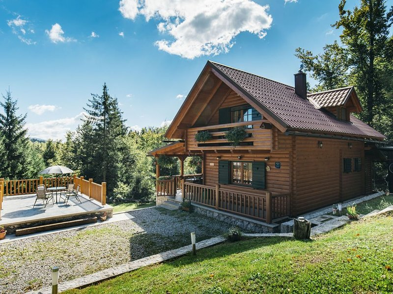 Holiday house 'Jelena', in the heart of nature, holiday rental in Brestova